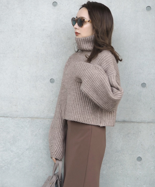 Thick rib highneck knit